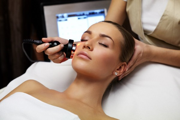 Blog - Laser therapy in cosmetics - types of lasers and their use
