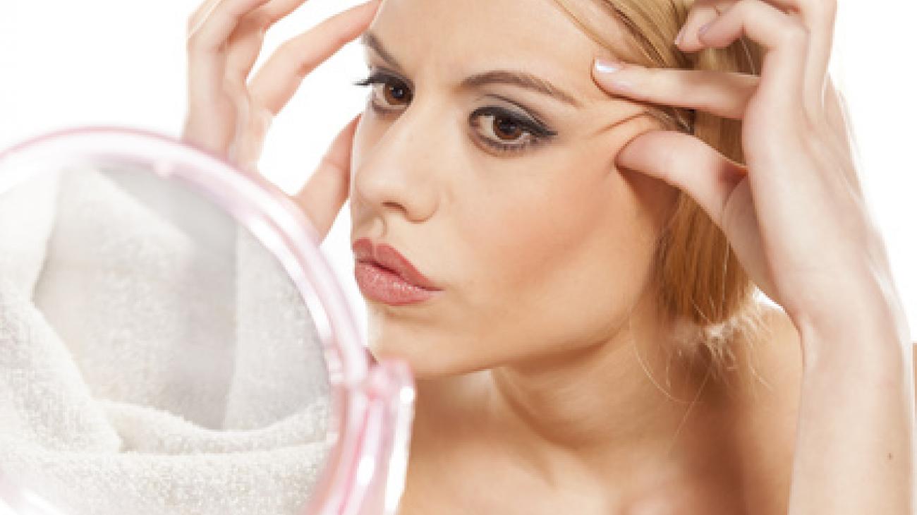 Jak zlikwidować zmarszczki wokół oczu?